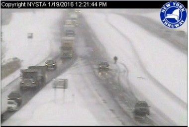 NYS Thruway closes in Syracuse area after 4 crashes