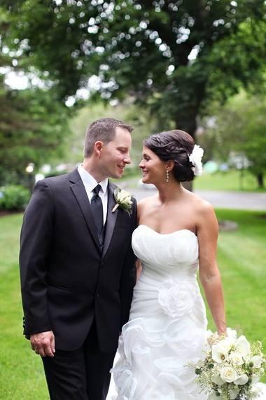 Jesse Abbott and Melissa Conarton at their 2015 wedding.
