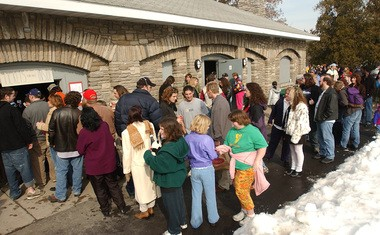 People wait in line for chili the Chili Bowl Festival at Thornden Park in a 2004 file photo.