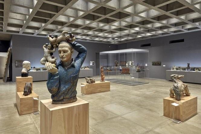 "Installation photos of the current ceramics exhibition ""Key Figures: Representational Ceramics: 1932-1972"""