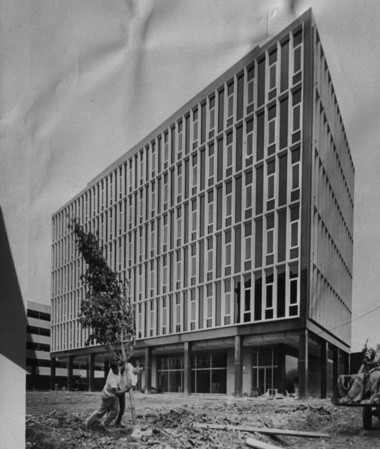 The Public Safety Building, newly built, September 1964: If civic leaders of the day had finishe their whole plan, a lot of downtown Syracuse would look like this.