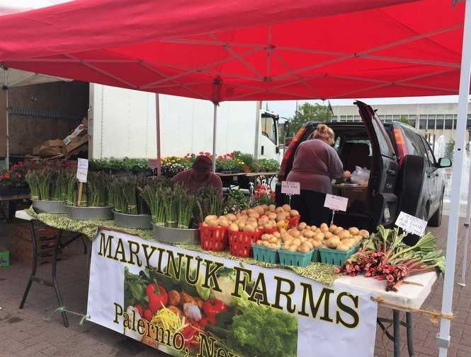 Maryinuk Farms had been selling its asparagus and other produce at the Oswego and Fulton farmers markets for decades. After farmer Jim Maryinuk retried in January, they returned to the Downtown Farmers Market in Syracuse for the first time in more than 20 years.