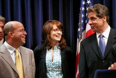 Andrew Cuomo, right, talks with Jeff Zucker, left, president and CEO of NBC Universal, and actress Tina Fey.