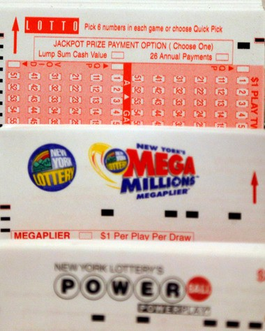 Powerball jackpot grows to $330 million for Saturday's drawing