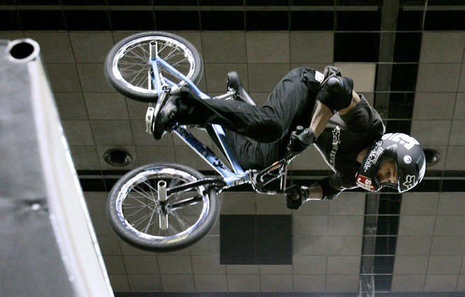BMX rider Dave Mirra practices for the Panasonic Open event Thursday, June 9, 2005, in Louisville, Ky.