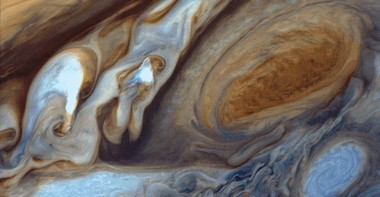 Voyager 1 at Jupiter - Red spot Image taken on March 5, 1979 This image was re-processed on November 6, 1998 and re-recorded to film on the MDA film recorder, MRPS ID# 93779, from which this file was scanned. Original vidicon image size is 800 lines with 800 pixels per line.