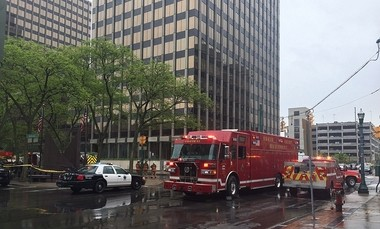 Firefighters respond to a building on East Onondaga and South Warren streets on Monday, May 22, 2017 for a reported electrical fire. People in the building were evacuated, according to witnesses.