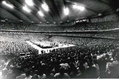 A crowd of 32,520 watched the Orange play Villanova on Feb. 1, 1985.