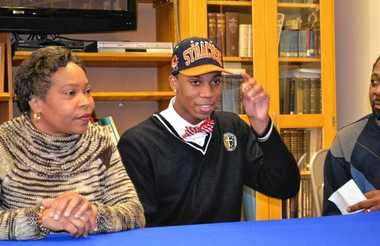 Malachi Richardson announces he will play basketball for Syracuse University during a news conference on Dec. 13, 2013, at Trenton Catholic Academy.