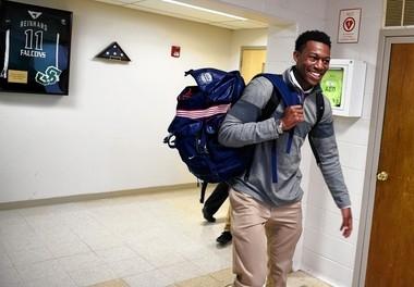 Syracuse basketball recruit Tyus Battle goes to class at St. Joseph's High School in Metuchen N.J.
