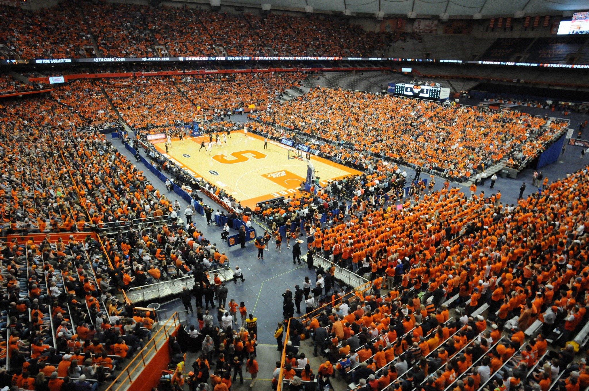 Syracuse Is Considering Moving The Basketball Court To The