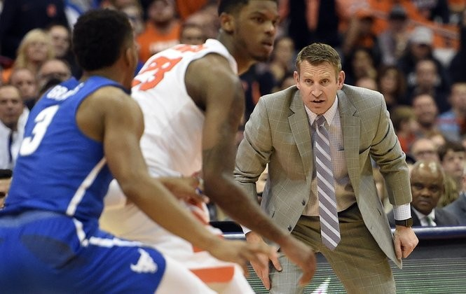 Buffalo coach Nate Oats in the Carrier Dome on Tuesday, Dec. 19, 2017. Dennis Nett | dnett@syracuse.com SYR