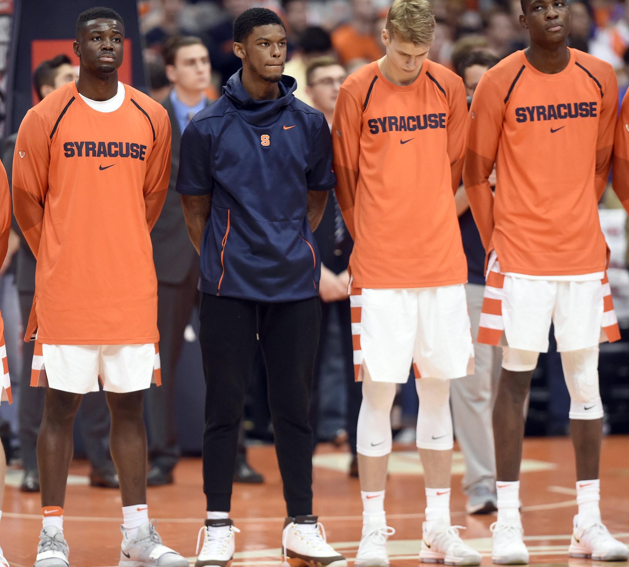 Syracuse Basketball Players Get Carmelo Anthony Ncaa Anniversary Shoes Syracuse Com