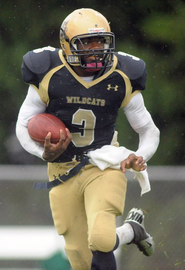West Genesee's Naesean Howard verbally committed to Syracuse on Saturday. He became the first recruit in the 2014 class.