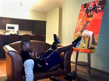 While his teammates beat Maryland, defensive back Keon Lyn spent most of his Saturday like this, reclined on a chair and watching the Orange on television.
