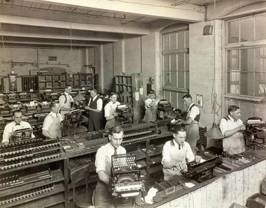Photo of the manufacturing of the Smith Typewriter