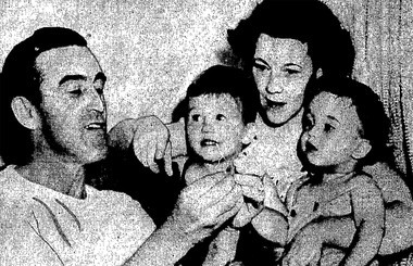 This might have been the inspiration for the odd trend of people in Syracuse offering to sell one of their eyes in 1948. Rhode Island man, Victor St. Cyr, on the left, offered an eye for $10,000. The photo appeared on the front page of the Post-Standard on Sept. 4, 1948.